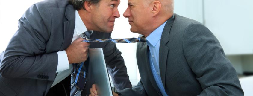 Das 'Duell' zwischen Kunde und Verkäufer endet so häufig so enttäuschend, weil sie sich aus unterschiedlichen Positionen heraus unter Feuer nehmen.